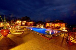 photo of swimming pool and villas at Shwe Inn Tha Floating Resort
